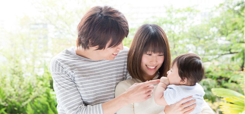 たまには夫婦デートを 子供を預ける場合の注意点とポイント