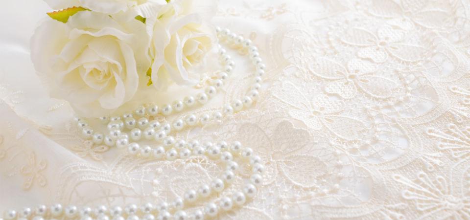 結婚13周年 レース婚式のプレゼントは「少し上品で優雅なお祝い」がおすすめ