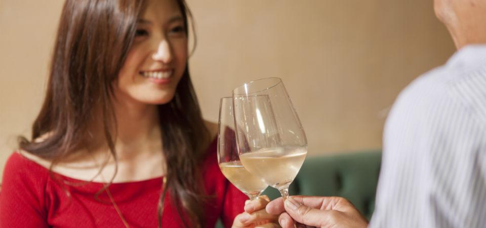 毎年楽しみが増える結婚記念日のディナーおすすめのシーン5選